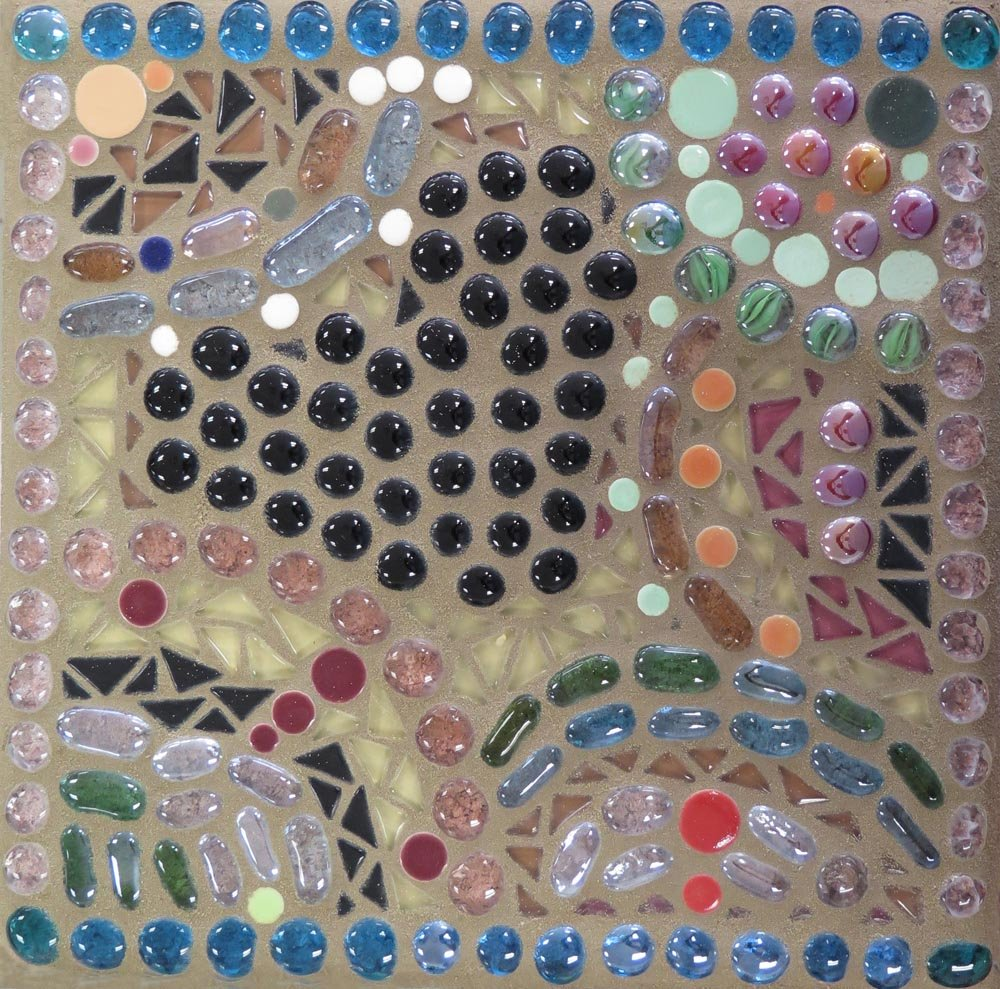 Mosaic Stepping Stone. Bianca (age 14) - 2017